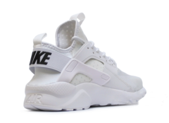 Nike-Air-Huarache-Ultra-Triple-White-Krossovki-Najk-Аir-Huarachi-Trojnoj-Belyj