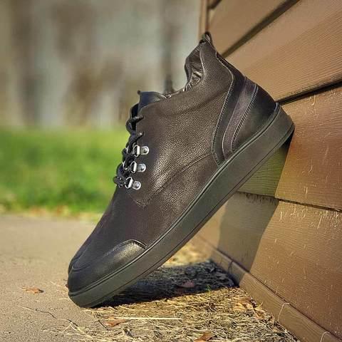Теплые ботинки на шнурках
