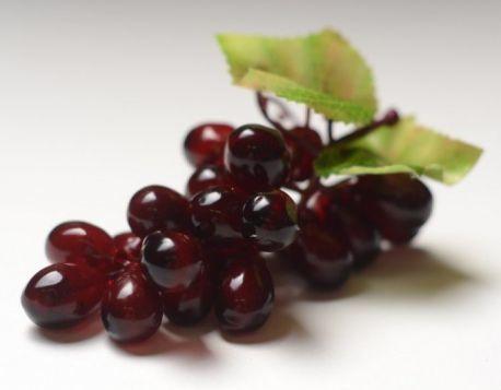 Ветка виноград продолговатый 14 см, 23 ягоды.