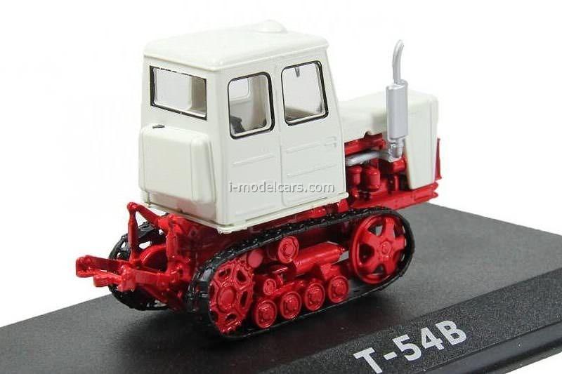 Tractor T-54V 1:43 Hachette #16