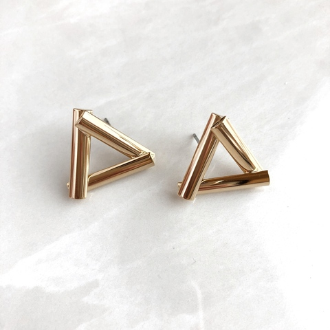 Серьги правильные треугольники, позолоченные