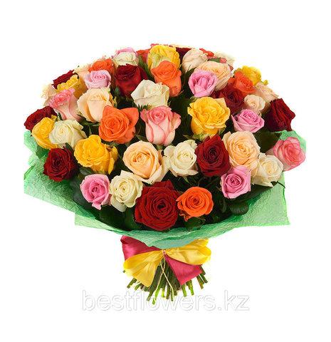 Букет из 39 разноцветных роз