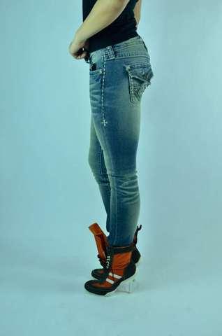 Светло голубые джинсы женские Affliction