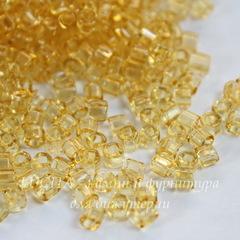 Бисер Preciosa рубка 3 мм  прозрачный, золотистый (кв. отв.)