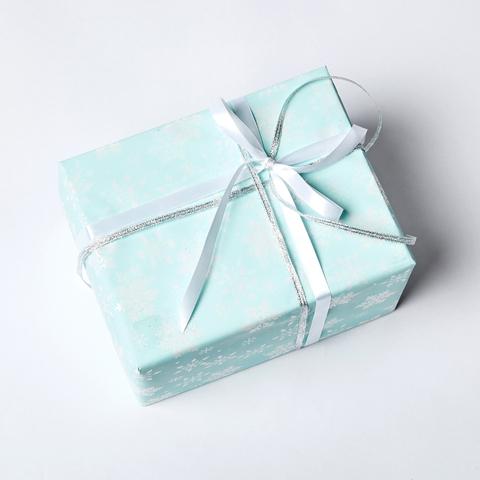 "Новогодняя упаковка подарка ""СНЕЖИНКИ"""