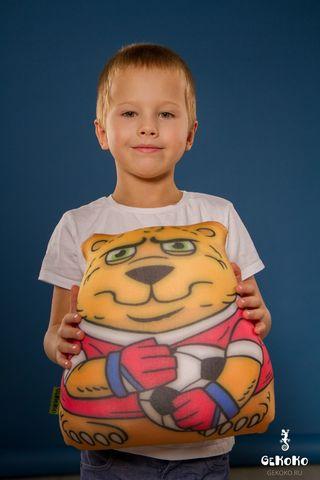 Подушка-игрушка «Медведь-вратарь»-2