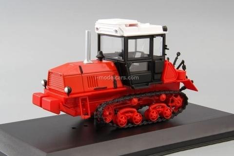 Tractor VT-150 1:43 Hachette #104