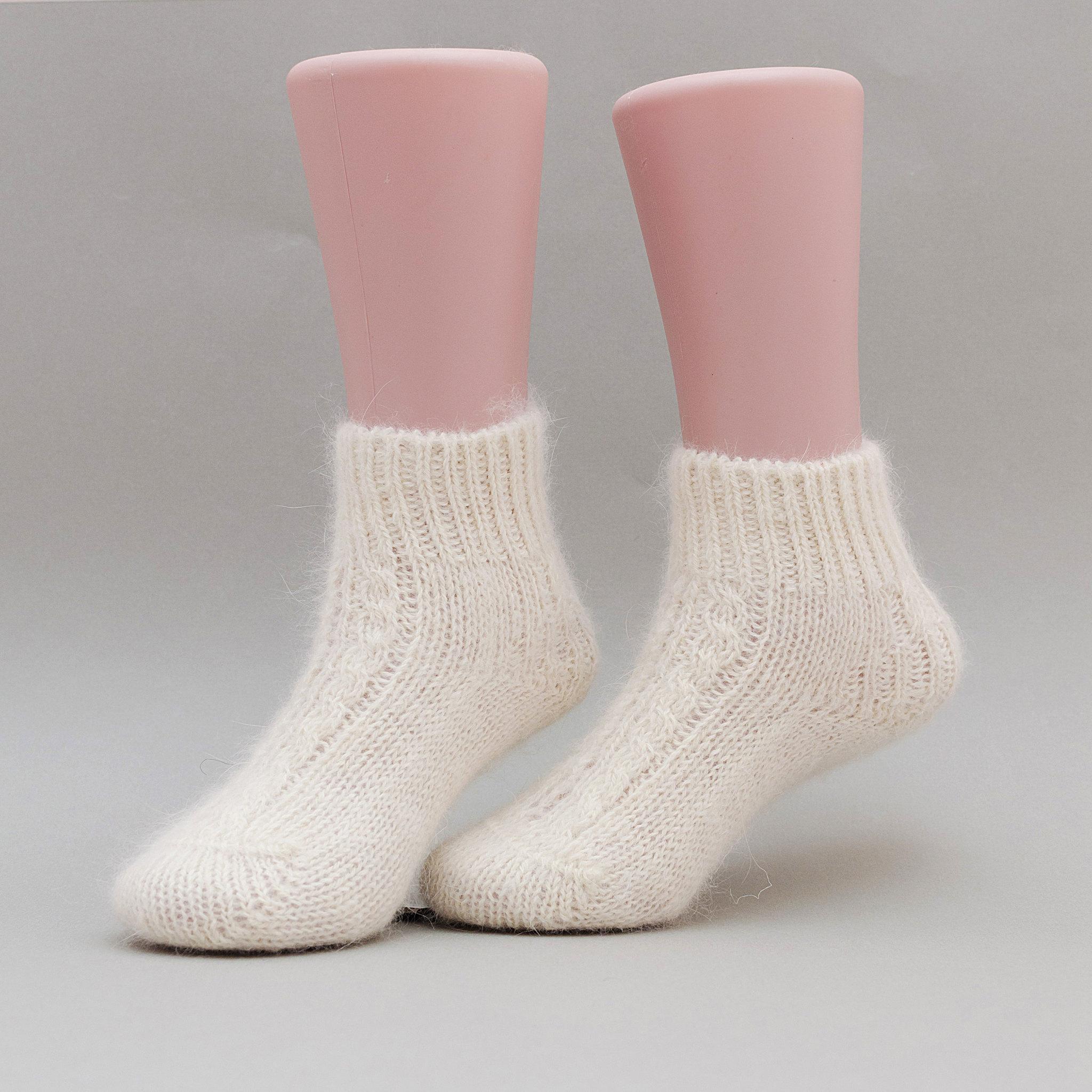Angora_socks_2_3_years
