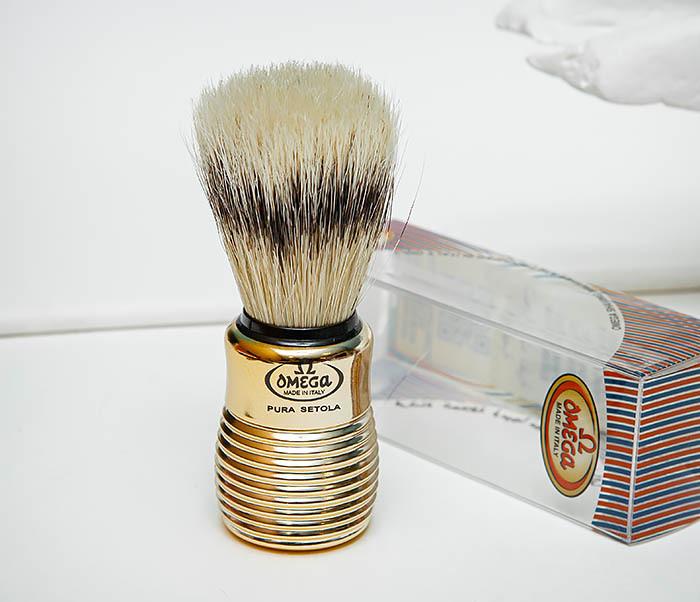 RAZ505 Помазок «OMEGA» из щетины кабана с рукояткой золотистого цвета фото 04