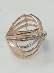 Широкое кольцо из золочёного серебра с фианитами