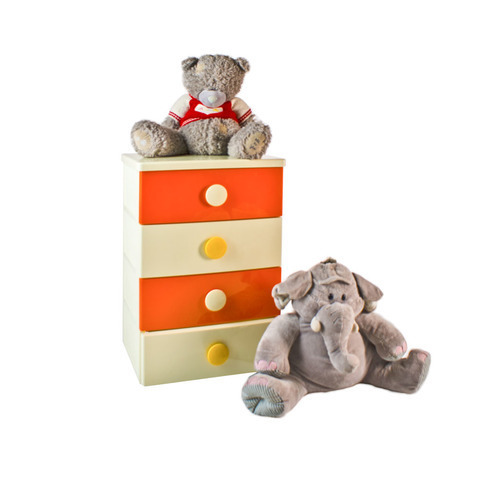 Комод  Детский. Цвет: оранжево-бежевый