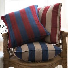 Элитная подушка декоративная Rhode Island Stripe коричнево-красная от Casual Avenue