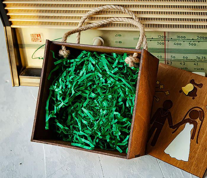 BOX250-2 Свадебная коробка для подарка с веревочными ручками (17*17*10 см) фото 06