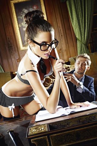 Игровой костюм СЕКРЕТАРША СЕКСИ: топ, мини-юбка, воротничок и галстук Q (46-52)