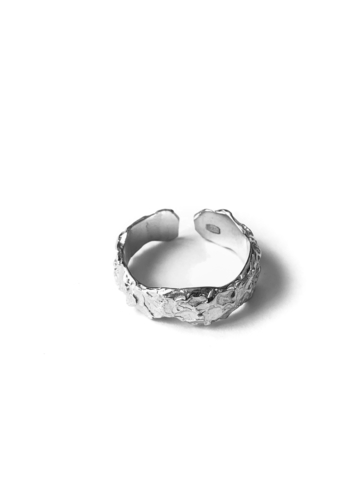 Серебряное кольцо на верхнюю фалангу
