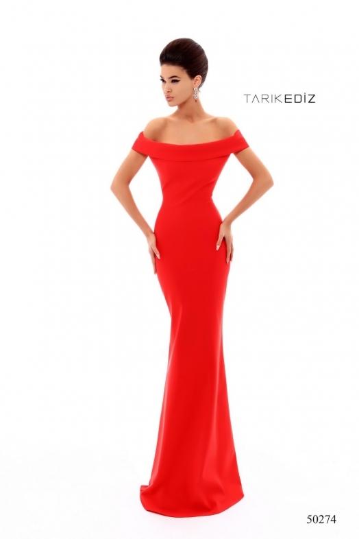 Tarik Ediz 50274 Красное платье длинное, облегающее фигуру с элегантным шлейфом
