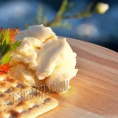Масло сливочное стерилизованное 72,5%, 315г производство Карат   купить в магазине Каша из топора