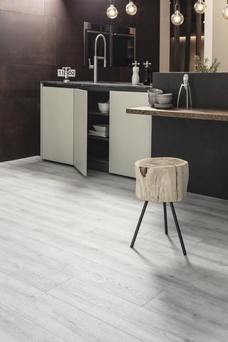 Ламинат Oak Evoke Concrete | K4422 | KAINDL