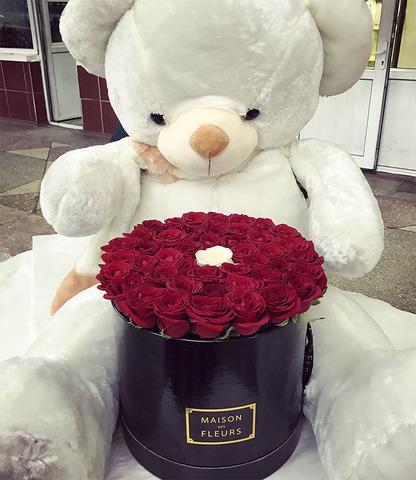 Big Bear (180 см) + Maison des Fleurs (45 роз)