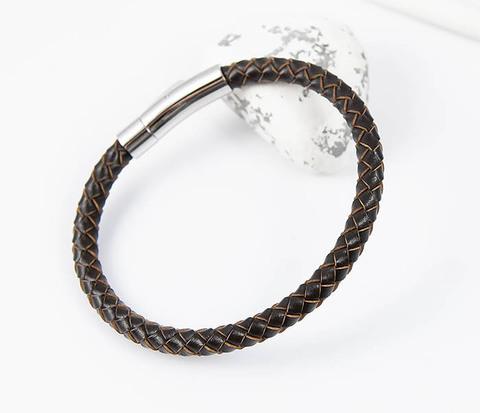 Браслет из коричневого шнура на застежке (20 см)