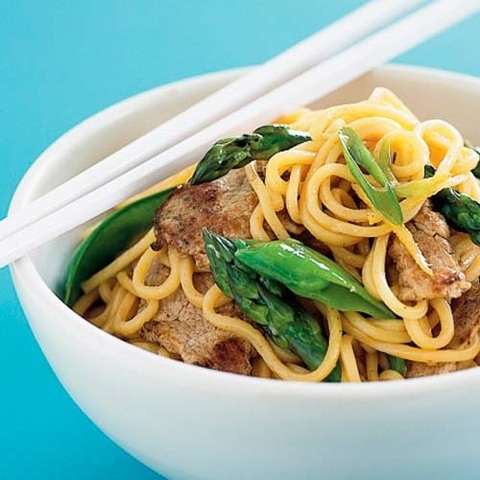 https://static-eu.insales.ru/images/products/1/6194/36649010/pork_stir-fry_noodles.jpg