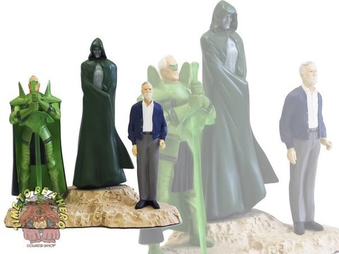 Kingdom Come Spectre, Green Lantern, & Norman Statue