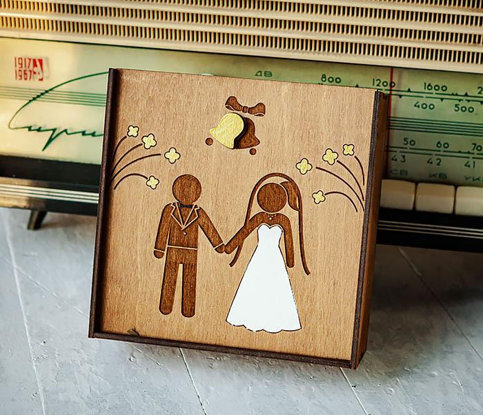 BOX251-2 Коробка для подарка на свадьбу из дерева (17*17*7 см)