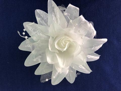 Цветок (белый).