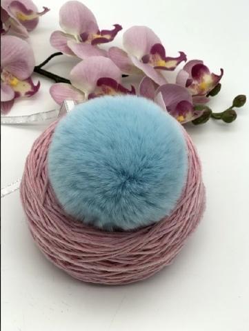 Помпон из меха кролика, голубой,  диаметр 8 см
