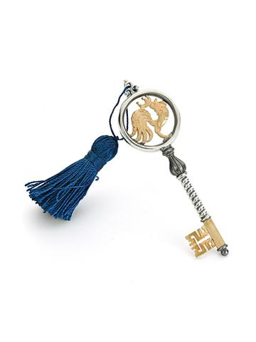 Сувенир «Ключ к успеху» — родившимся в год Петуха.