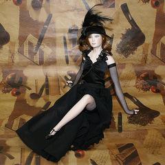 Кукла фарфоровая коллекционная Marigio Lidia 42 см в черном