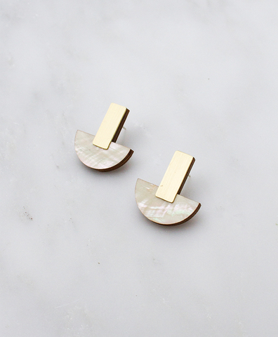 Серьги Crescent Studs Mother of Pearl