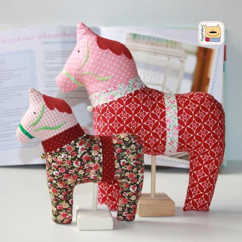 Купить подставку для кукол в интернет-магазине СПб