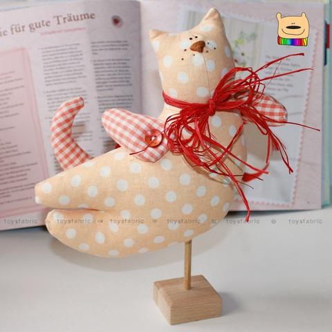 Подставки для кукол из дерева на заказ