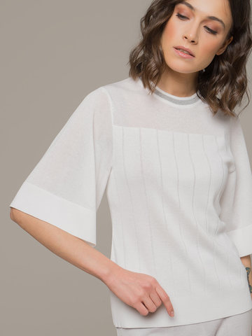 Женский белый джемпер со свободным укороченным рукавом - фото 2