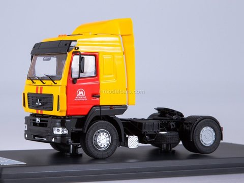 MAZ-5440 road tractor Mosmetro 1:43 Start Scale Models (SSM)