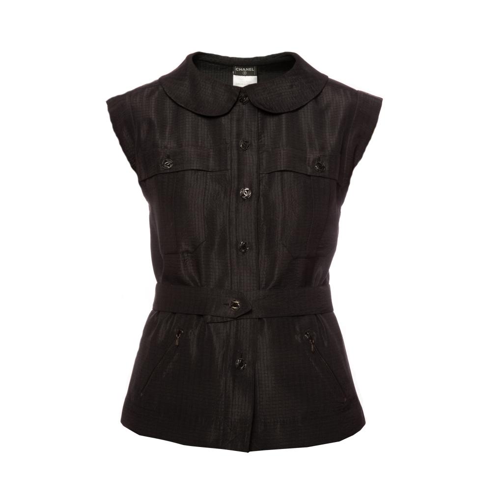 Изысканная блуза из шелка черного цвета от Chanel, 36 размер.