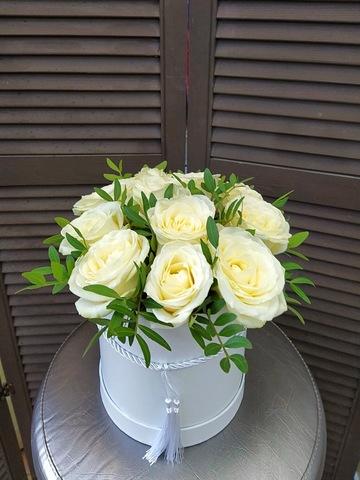 11 роз в шляпной коробке #1853