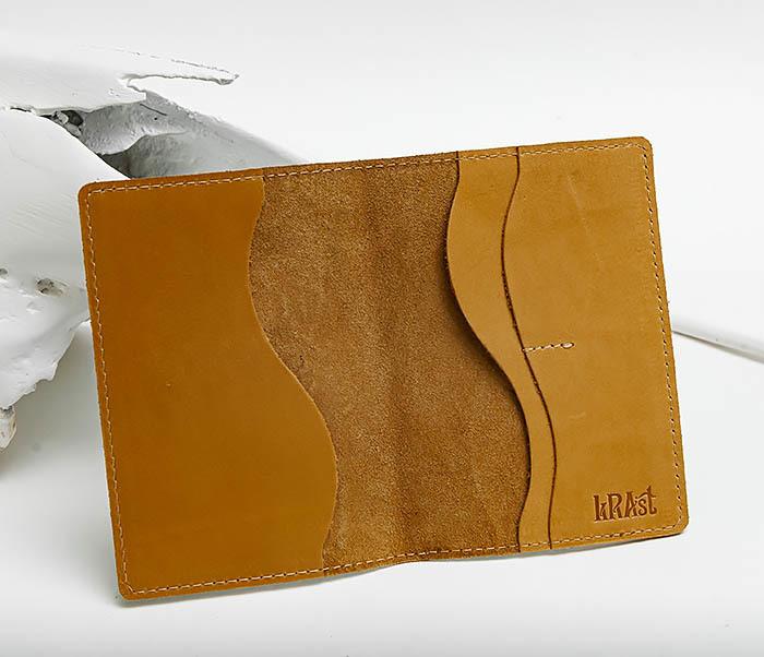 BY140213 Прикольная обложка на паспорт «Авиатор» из кожи фото 05