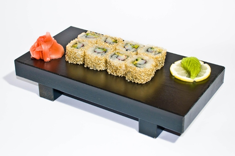 https://static-eu.insales.ru/images/products/1/6279/9689223/0552013001333825754_california_sesame_maki.jpg