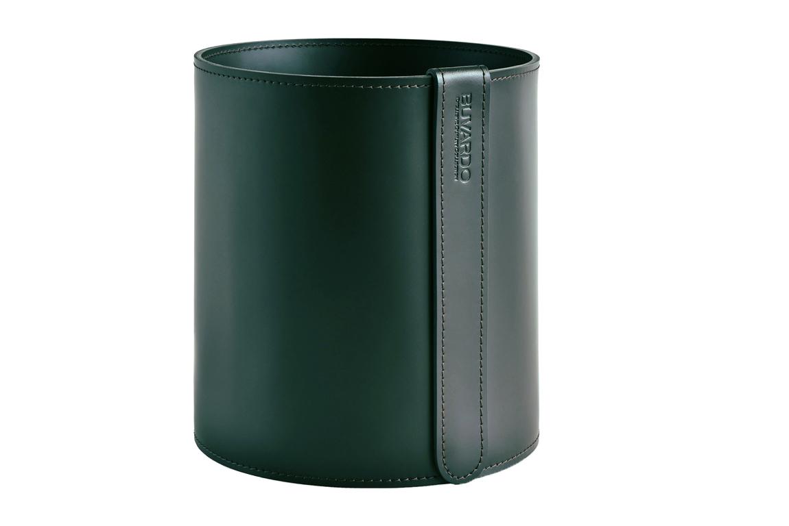 зеленая кожаная корзина для мусора