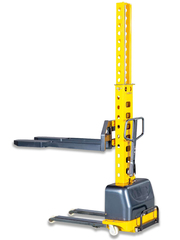 Штабелер самоподъемный с электроподъемом TOR 0,5 т 1,3 м Vango500