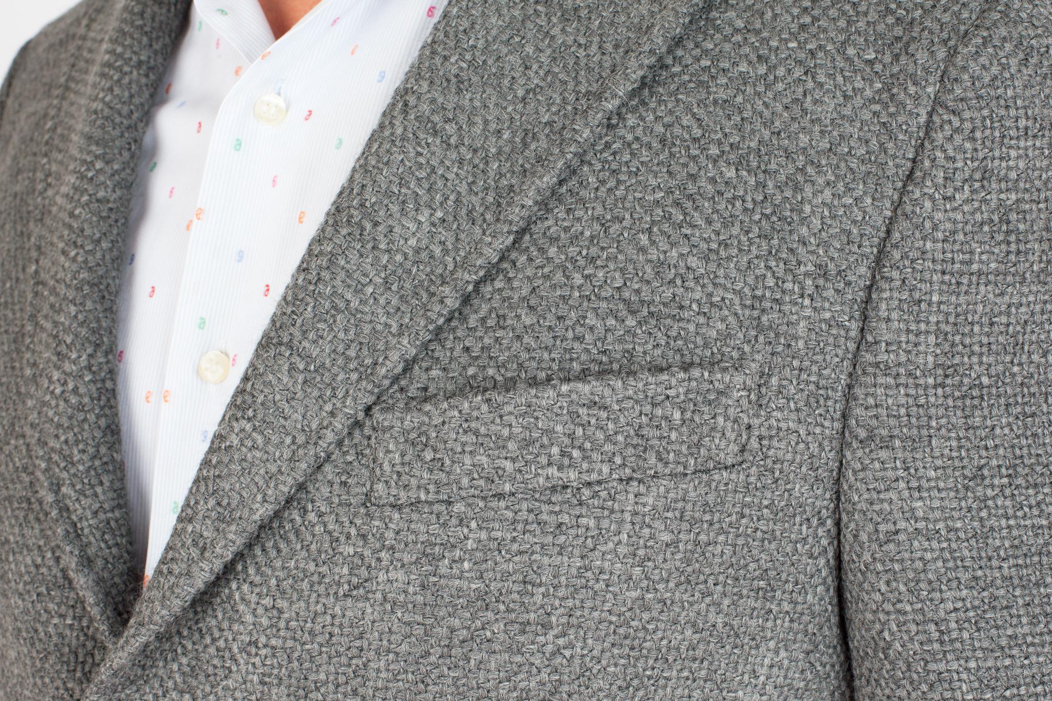 Серый пиджак из смеси шерсти, хлопка и синтетики, нагрудный карман