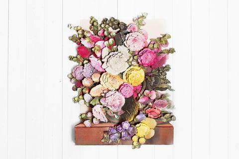 Цветы у окна - готовая работа, фронтальный вид.