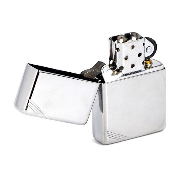 Зажигалка Zippo с полосками, с покрытием High Polish Chrome, латунь/сталь, серебристая