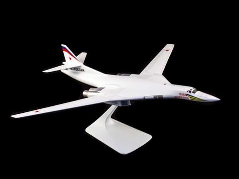Модель самолета Ту-160 (М1:100, ВВС России, Илья Муромец)