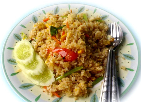 https://static-eu.insales.ru/images/products/1/6304/17201312/thai_fried_rice9.jpg