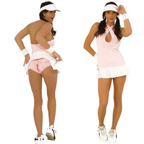 Интимный костюм очаровательной теннисистки
