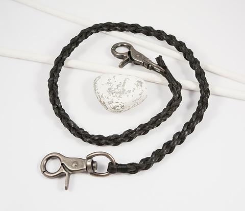 Оригинальный брелок шнур из черной кожи с карабинами (60 см)