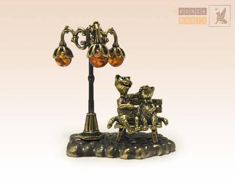 фигурка Влюбленные котики с янтарным фонариком